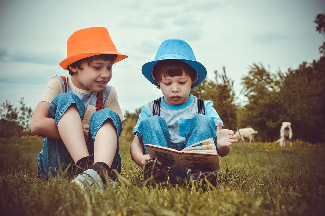 lezen, vriendschap, samen, oogsamenwerking, reflexintegratie